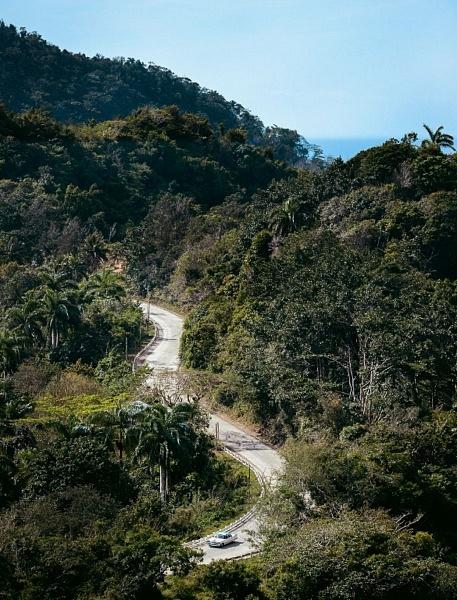 "Route ""La Farola"" entre Cajobajo et Baracoa, Cuba"